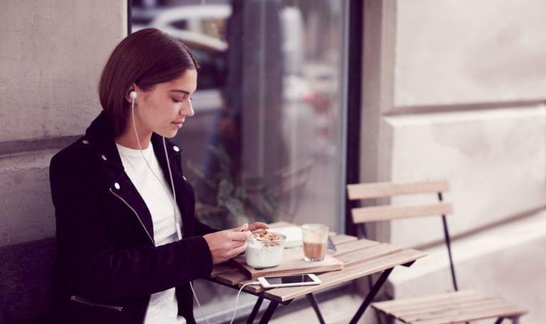 Libratone-Copenhagen-Cafe-01-ITE-LOW