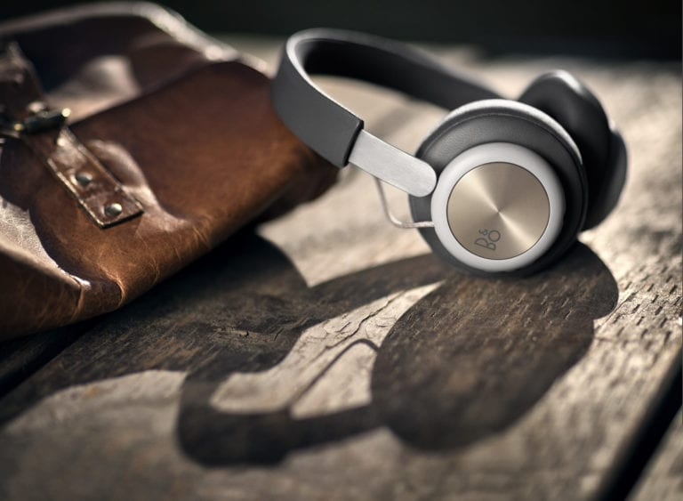 beoplay-h4---charcoal-grey_31801205344_o