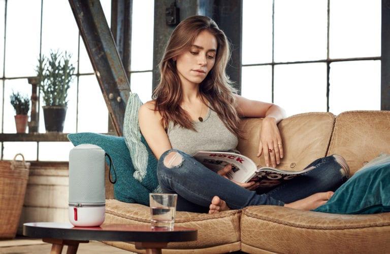 New_ZIPP_MINI_Living room_Woman