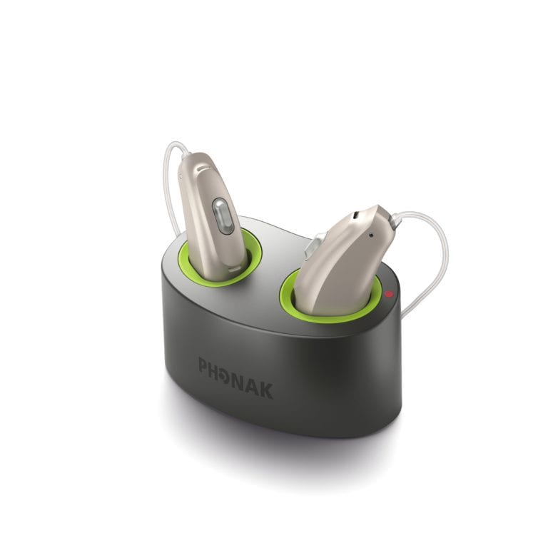 Packshot_Mini_Charger_with_Audeo_B-R_L