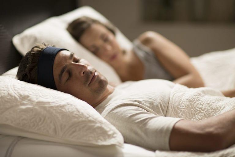 Couple-Sleeping-Black2